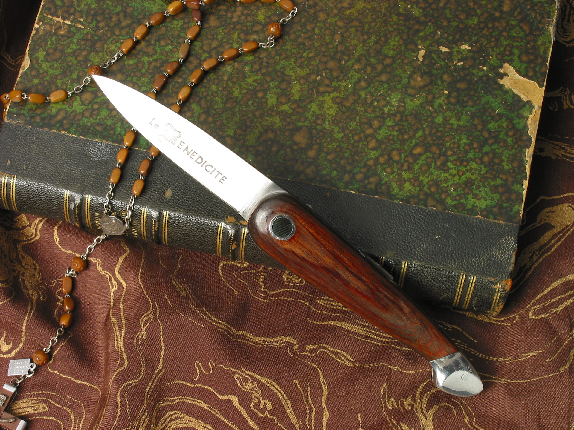Couteau «Bénédicité»
